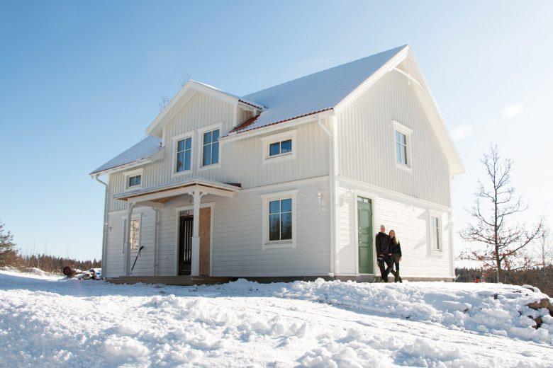 Hemma hos: Rasmus och Liza bygger sitt hus helt själva - Bygga hus i Göteborg.